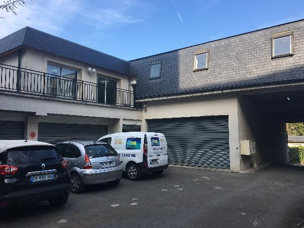 Locaux mixtes de 550 m², Noisy-le-Grand (93160)